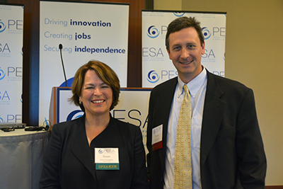Susan Cunningham and Past PESA Emerging Leaders Committee Chairman Brian Swagerty, FMC Technologies, Inc.