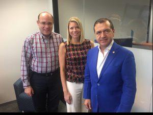 PESA President Leslie Beyer with SERTECPET CEO Eduardo Lopez